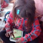 Colouring exercises with the tablets